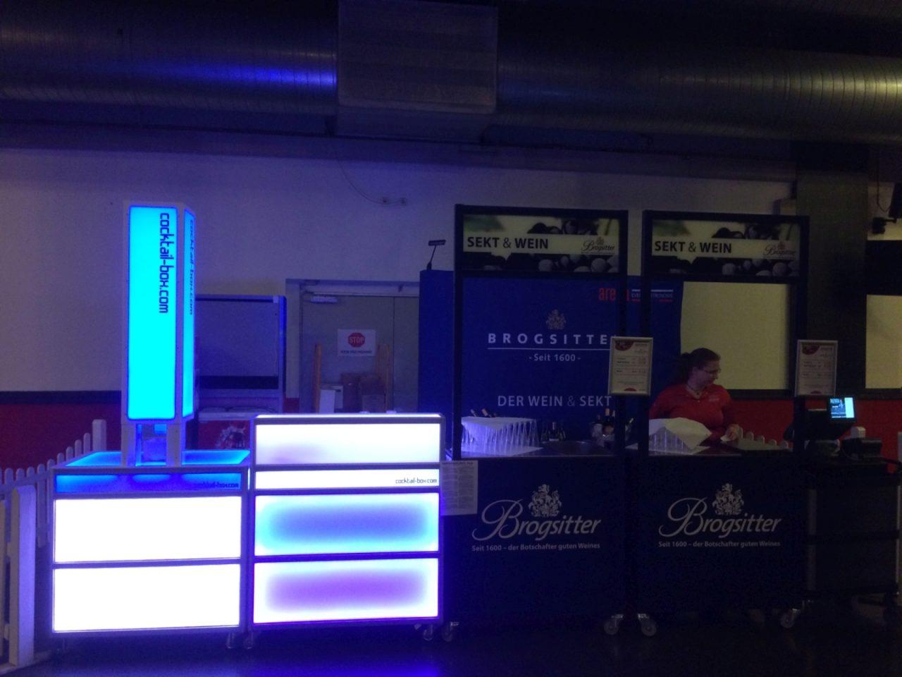 cocktail-box.com_die_Cocktailmaschine_mobile_Cocktailbar_ProjektX1